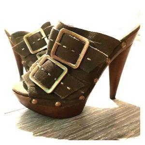Women's Steve Madden Green Suede w/wood Heels